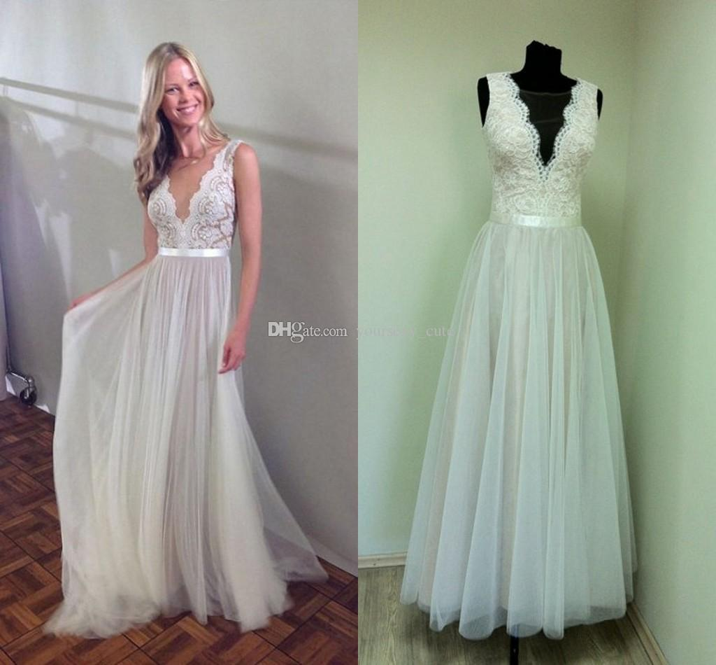 2018 Elegant Beach Wedding Dresses Sheer Neck Appliques Lace Tulle Floor Length Boho Bohemian Bridal