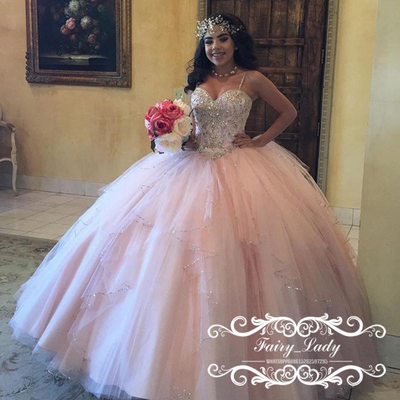 629741107 Lojas De Noivas Vestido De Bola Impressionante Puffy Light Pink Vestidos De  Quinceañera Com Contas De Cristal De Prata Correia De Espaguete Sweet 16  Girls .