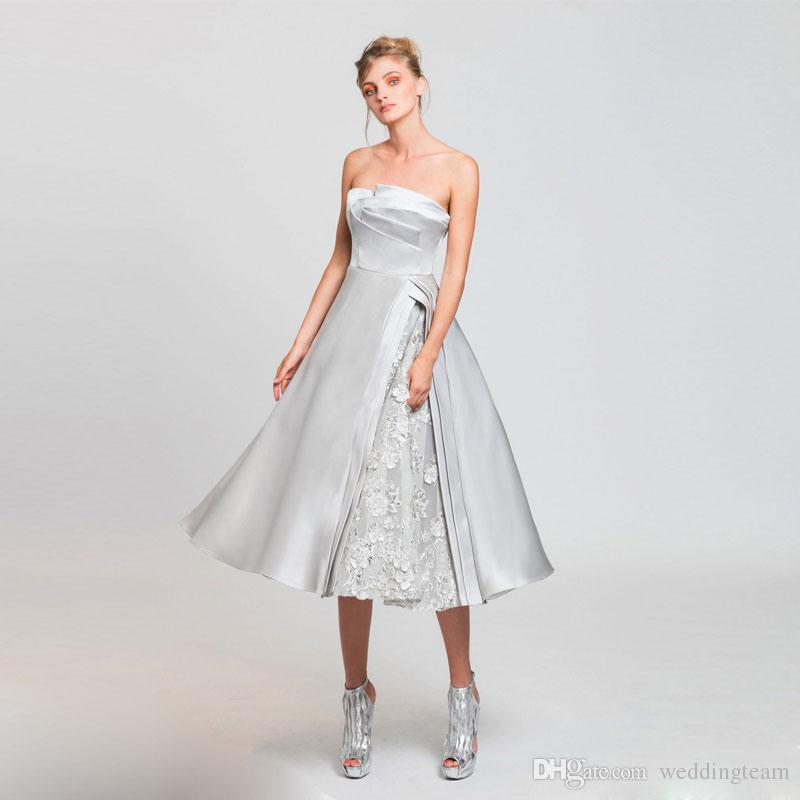 Silver Appliques Homecoming Dresses For Juniors Strapless Neck Sequins Short Prom Gowns Tea Length Satin Cocktail Dress