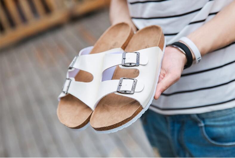 b2c3e4c9ce7 2017 New Summer Hot Sell Women Flat Cork Slippers Sandals Flip Flops Shoes  Beach Shoes Size 39-44 Cork Sandals Beach Slipper Cheap Sandals Online with  ...