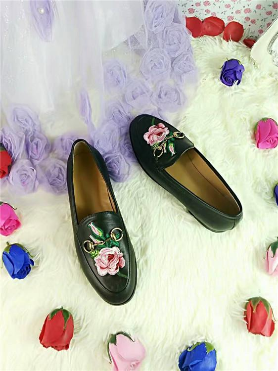 best version! u721 40 genuine leather embroidery flats loafer shoes flower snake heart lips black white g 2017 boyish stylish