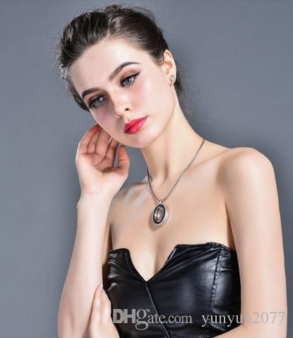 Fashion Accessories Jewelry Austrian Crystal Geometric Oval Leaves Pendant Magic Box Open Real Gold Statement Sweater Necklaces For Women