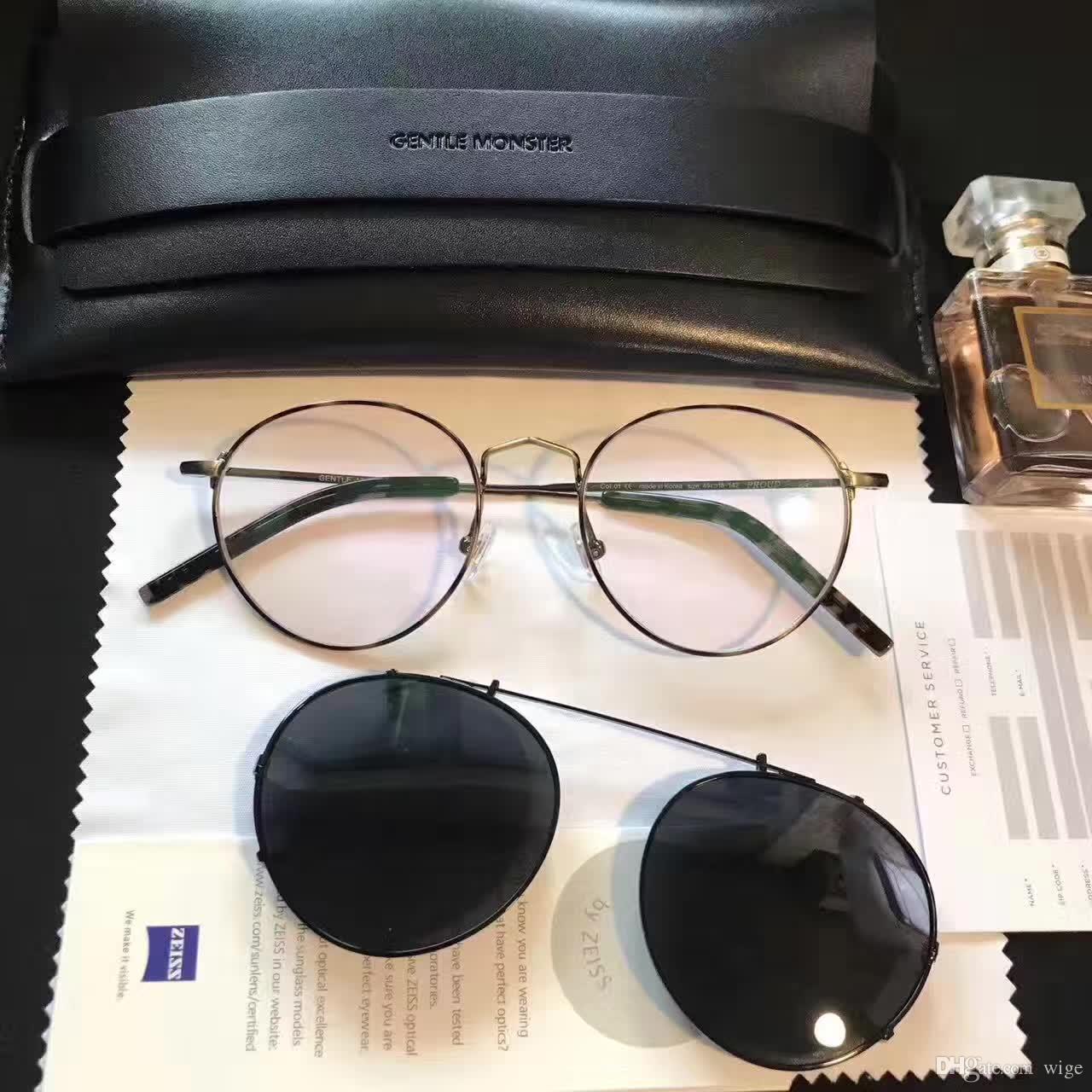 Compre V Logo Orgulhoso De Óculos De Sol Flip Black Óculos De Sol Da Marca  De Grife Novo Vendedor Novo Com Caixa De Wige,  50.76   Pt.Dhgate.Com 6c77d917e2