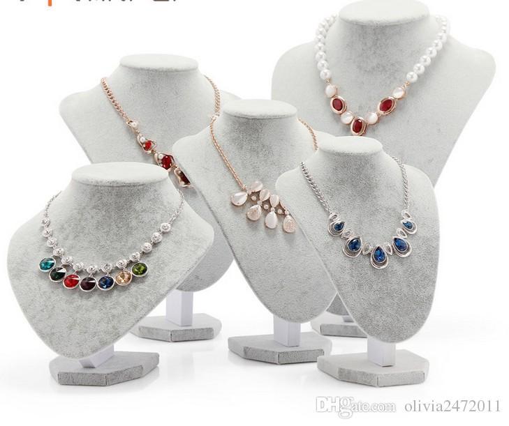 Partihandel-15 * 15cm Storlek Svartvitt Velvet Halsband Smycken Display Stativ Smycken Holding Rack för Kvinnor Gåvor WH1