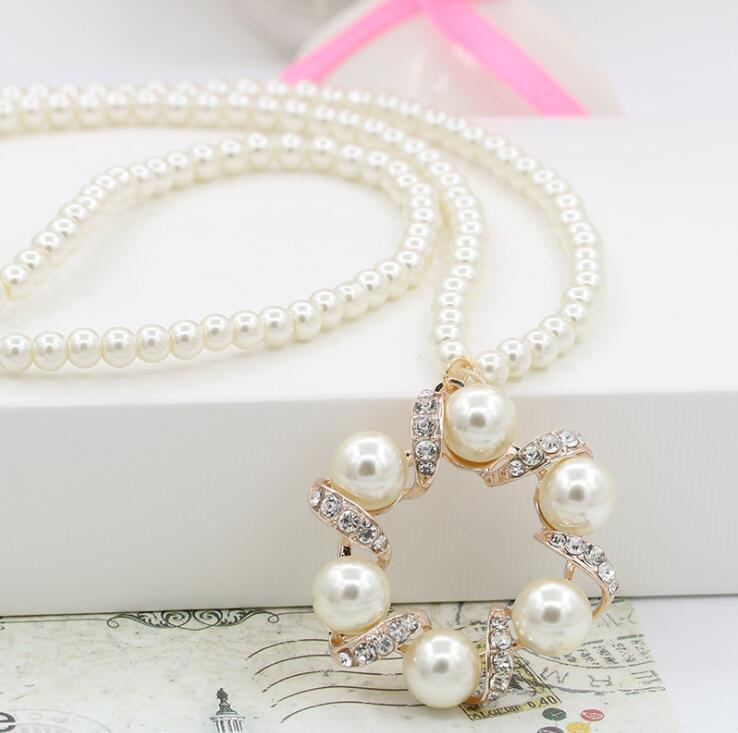 Pearl Necklace Crystal Love Heart Bow Bnot Lucky Clover Flower Pendant Necklaces Luxury Women Bride Wedding Party Jewelry