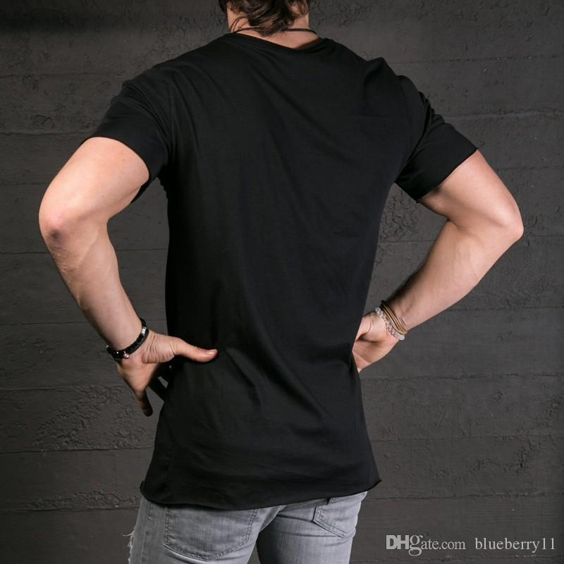 Nuova sfilata di moda uomo elegante t-shirt lunga asimmetrica cerniera laterale grande collo manica corta t-shirt maschile hip hop tee plus size 2xl