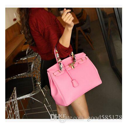 New Shoulder Bag Large Fashion Women Bag Ladies HandBags Luxury Designer  Handbags Women Messenger Bags Vintage Handbags Online with  42.58 Piece on  ... b63cf0e0644f0