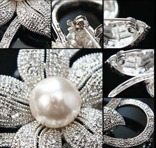 Pérolas de Prata Banhado Limpar Rhinestone Diamante Cristal Bunch c Boutique Brooch