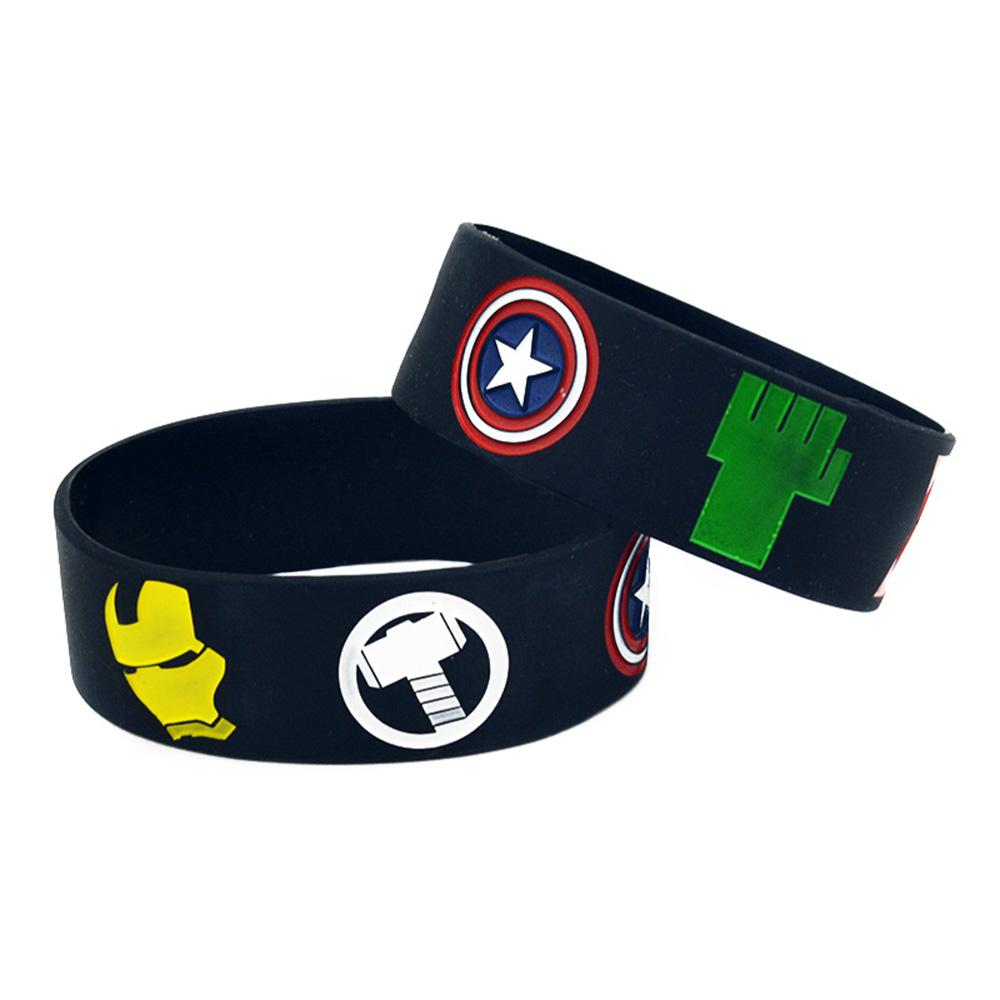 50 adet Avengers Silikon Kauçuk Bileklik Kaptan Amerika Iron Man Thor Hulk Black Widow Kartal Göz