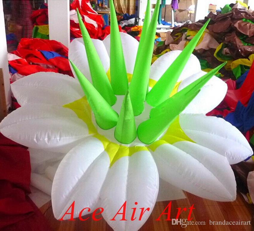 hot sale big beautiful custom Inflatable lily flowers for decorations made in China come with air blower
