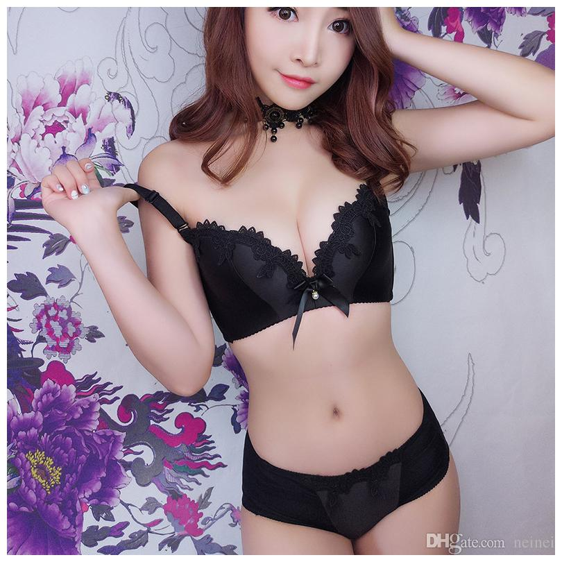 77cd0df39 Retro Lace Push Up Diamond Lingerie Sets Woman Fashion Bra And Panty ...