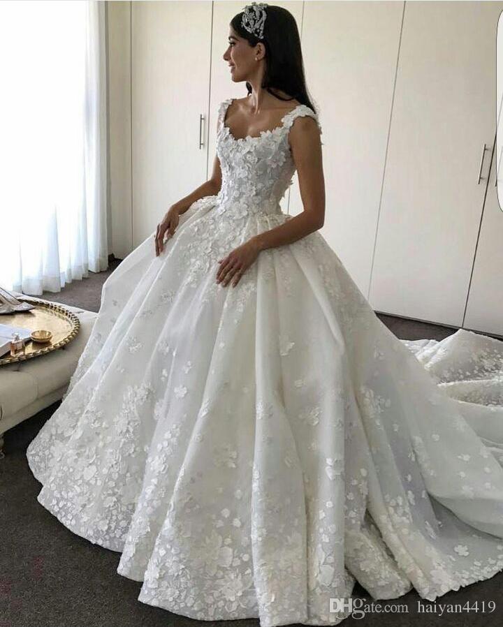2017 de lujo vestido de bola vestidos de novia escote redondo sin mangas de encaje apliques flores florales 3D tren de la catedral con cuentas más tamaño vestidos de novia