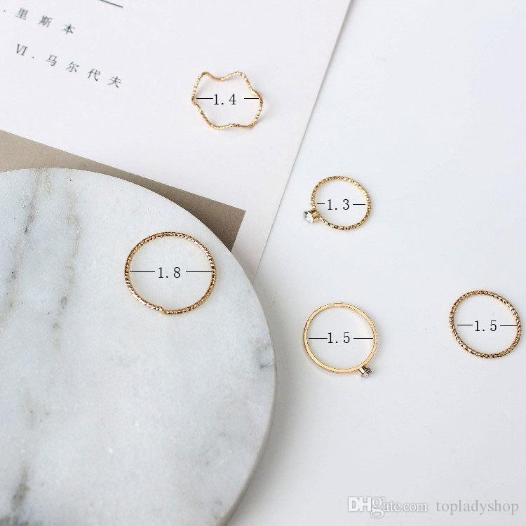 / SET Il filo di cinque pezzi dell'onda dei gioielli semplici di modo con un anello di nocca del dito dell'anello della barretta dell'anello del diamante di cristallo