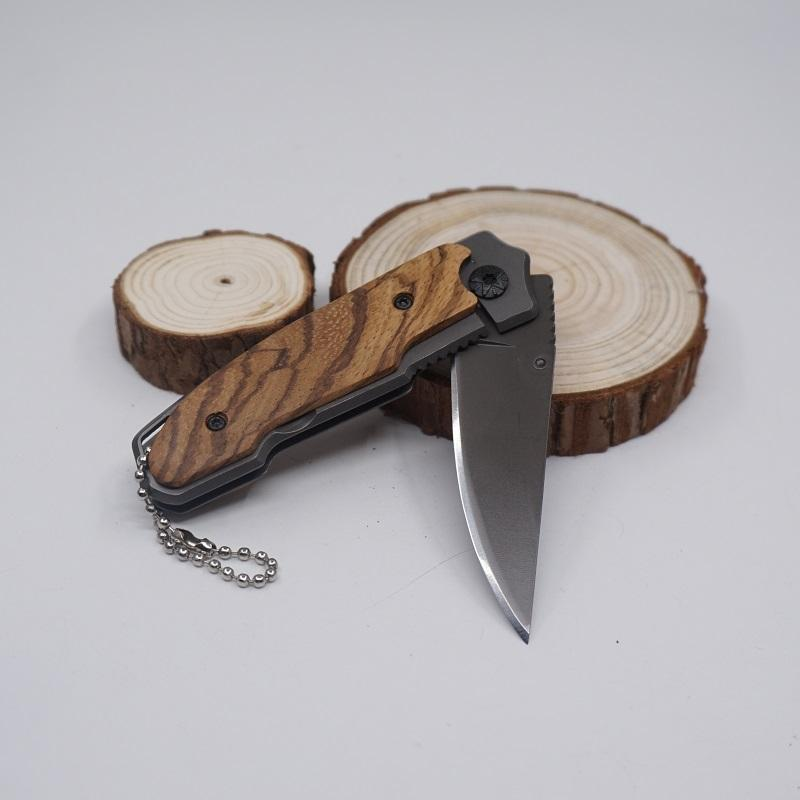 X18 Folding Blade Knife Type Survival Pocket Knives 3cr13 56HRC Wooden Handle Outdoor Tactical Camping Gear Knife EDC Tool Knifes Best Gift