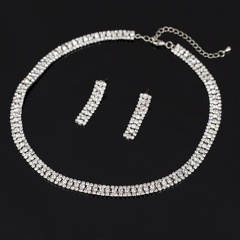 1 쌍의 꽃 장식 귀걸이 1 신부 CZ 스톤 성명 목걸이를 포함하여 고급 우아한 웨딩 쥬얼리 세트