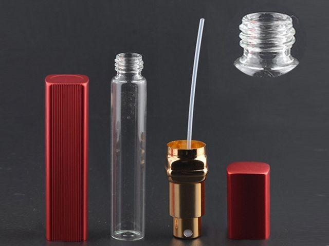 Nouvelle bouteille de parfum en aluminium de la mode 12ml avec le mini atomiseur vaporise le récipient portatif de parfum