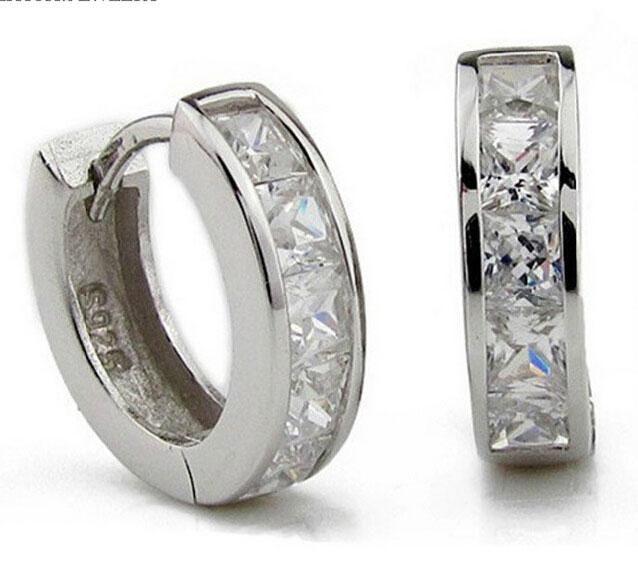 3ct Swiss Diamond Earrings Nueva joyería 925 Sterling Silver Earrings Hoop Ear Cuff Clips Mens Pendientes Stud para la fiesta de la boda