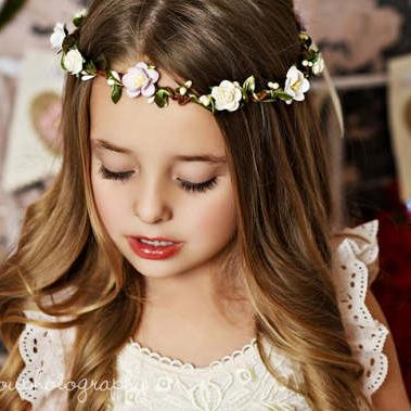 07d574f97d8 Baby Rose Garlands Headbands Girls Beach Flower Rattan Garland With Lace  Drawstring Princess Wedding Headwear Kids Hair Accessories KGA13 Wedding  Flower ...