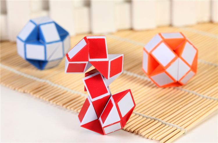 Mini Magia Cobra criativa mutável para a criança Magic Cube jogo Puzzle Twisty Apaziguador Cobra Brinquedos Colecção