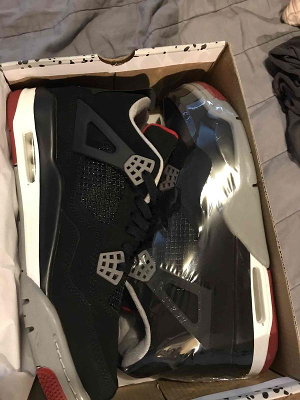 4s Classic 4 black cat pure money royalty alternate motorsport Bred white cement bred military blue men women Sports trainer shoes