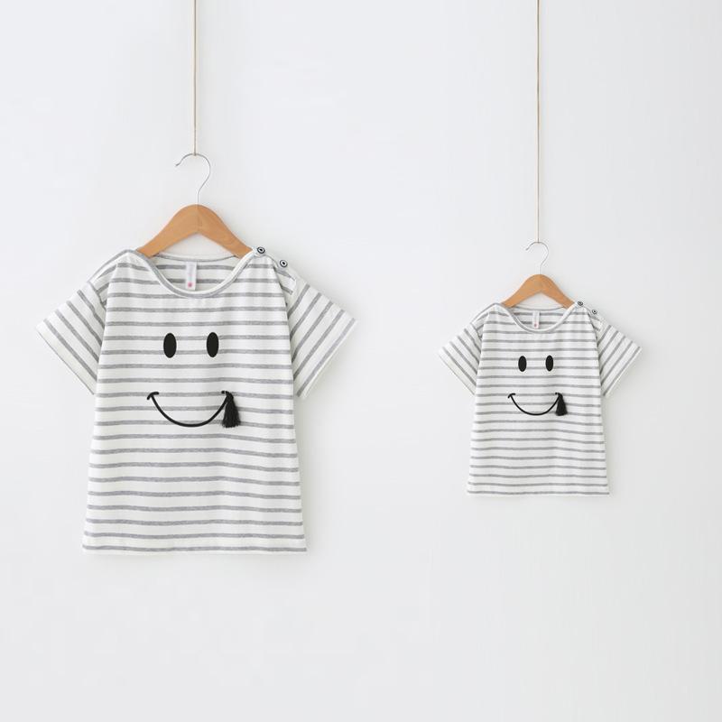 Tenues correspondant à la famille, t-shirt bébé et maman, fille manteau de t-shirts à rayures, vêtements enfant pour mère et bébé, vêtements pour filles