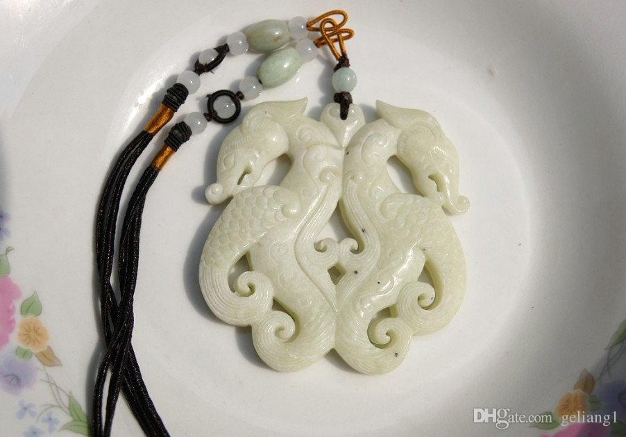 Naturweißes Jade-doppelseitig geschnitztes Amulett, Retro-Ssangyong-Haken. Halskettenanhänger