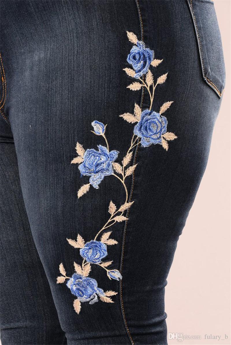 2017 여성을위한 새로운 청바지 패션 섹시한 청바지 수 놓은 고탄력 데님 바지 연필 스키니 바지