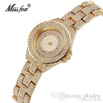 bcbc596f61a Compre Relógios De Pulso 2017 Nova Moda Clássica Luxo Duplo Set Auger Dourado  Mulheres Só À Prova D  água Circular De Vidro Relógio De Quartzo De Pladen