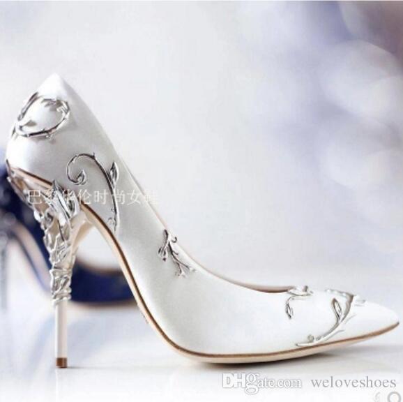 2017 женщины цветок насосы женщины цветок высокие каблуки скольжения на металлическом каблуке насосы вышивка тонкий каблук Гладиатор сандалии розовый обувь партии обувь