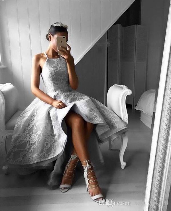 Gris acier Hi-Lo Robe De Bal De Mode Décolleté En Dentelle Applique Sans Manches Zipper Dos Nu Robe De Soirée Élégant A-ligne Jolies Femmes Robes De Soirée