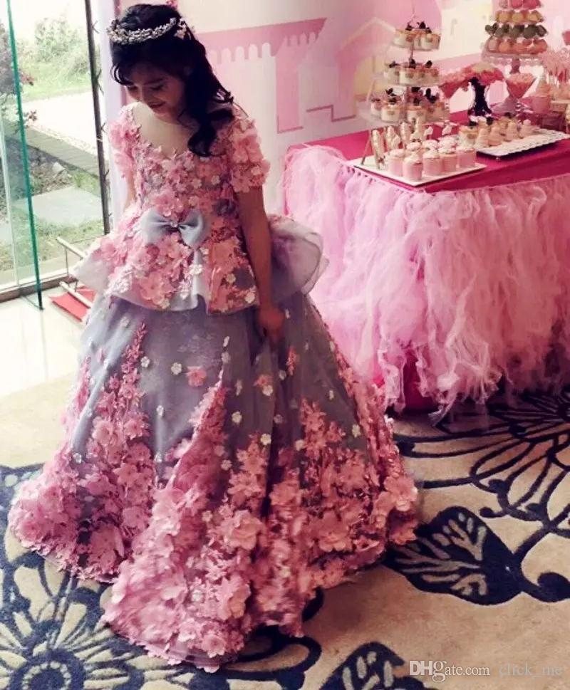 Amazing Ball Gown Girls Pageant Dresses With Short Sleeves Handmade Appliques Flower Girls Dress For Weddings Peplum Long Kids Party Dress