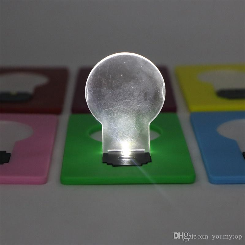 Novo Design Mini Carteira Tamanho Bolso Portátil Cartão de LED Luz Da Lâmpada Luz Da Noite Levou Novidade Alimentado Por Bateria