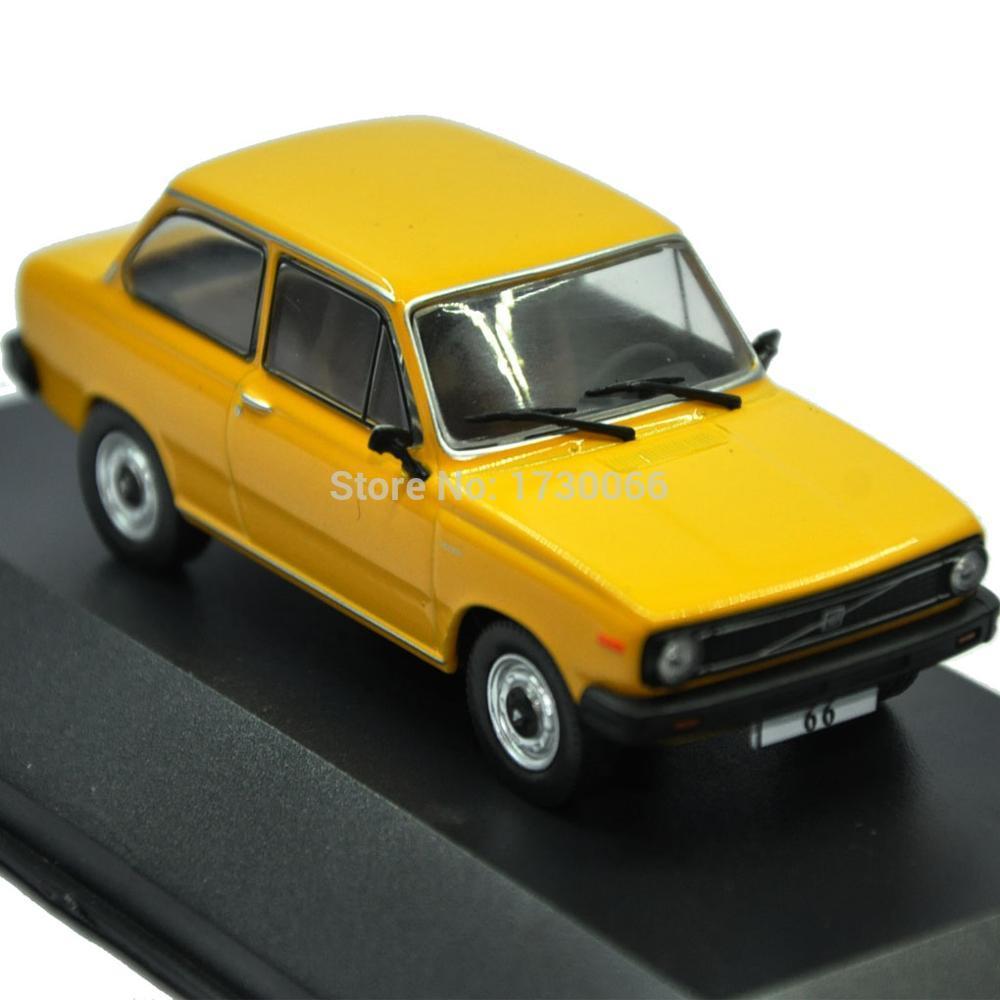 2018 Volvo 66 Yellow Car Atlas 1 43 Scale Diecast Alloy Car Model