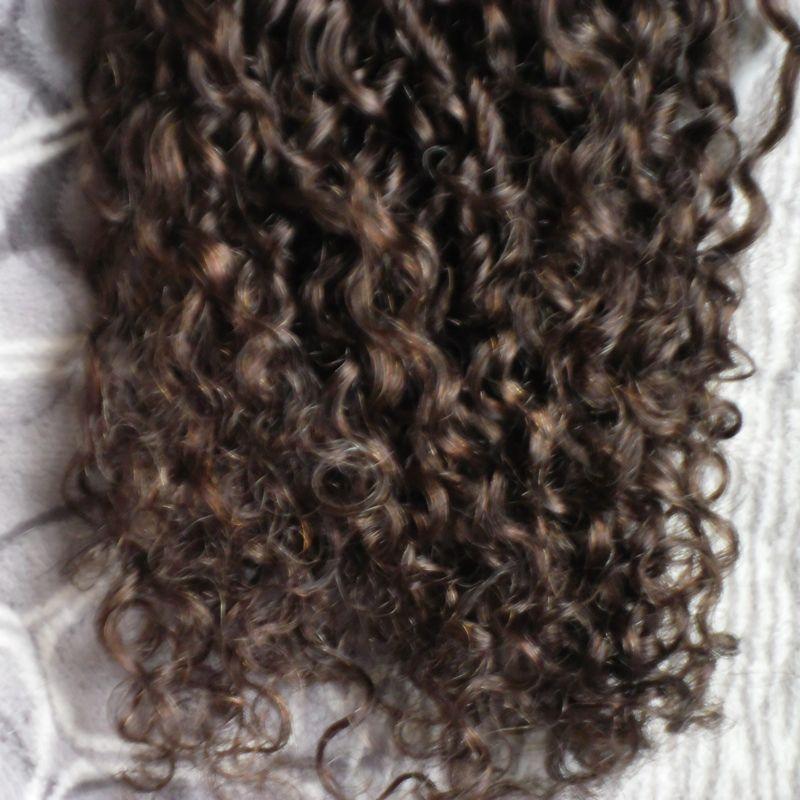 Nastro brasiliano vergine riccio crespo dei capelli nelle estensioni dei capelli della trama della pelle di estensioni / set 100g dei capelli umani