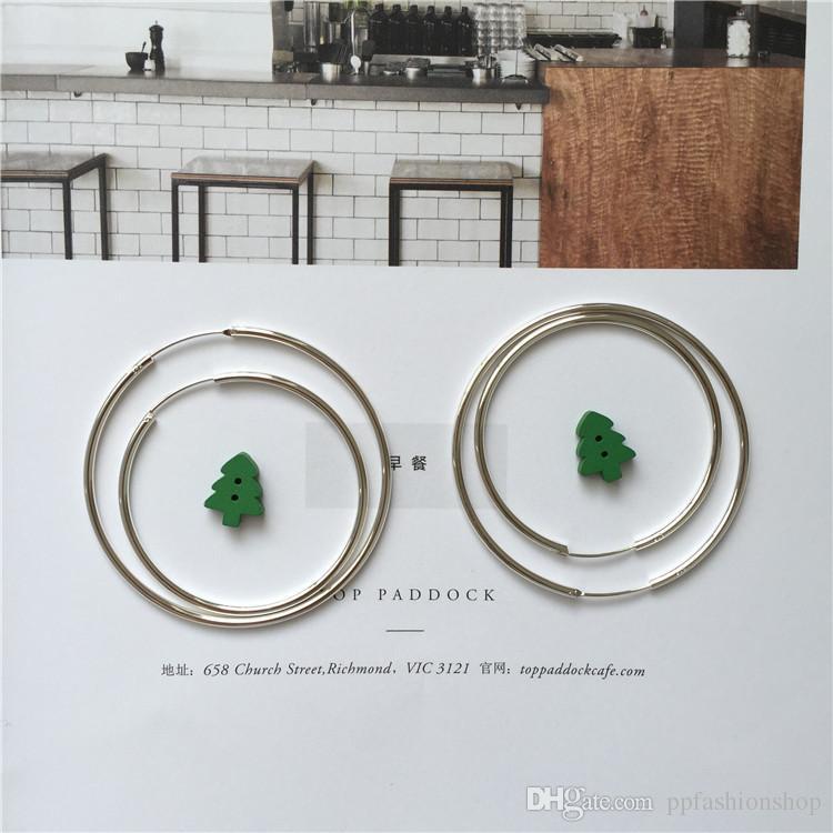 925 ayar gümüş küpe anti-alerjik çünkü hm Avrupa ve Amerika Birleşik Devletleri Bayan basit retro küpe abartılı küpe, moda mücevher