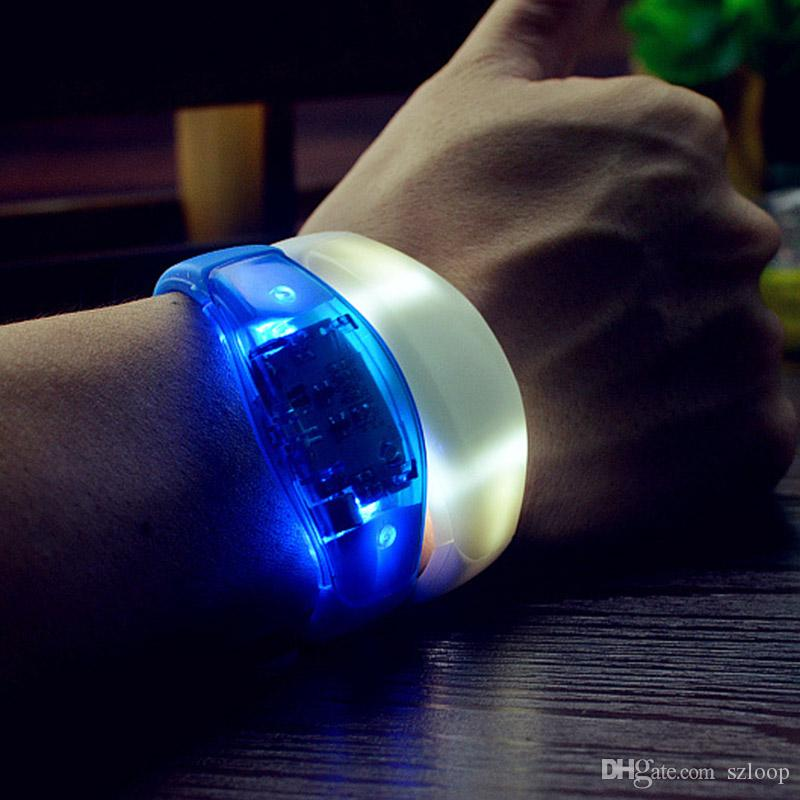 Music Activated Sound Control Led Flashing Bracelet Light Up Bangle Wristband Club Party Bar Cheer Luminous Hand Ring Glow Stick 3003182