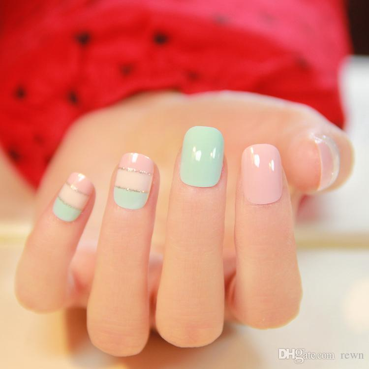 Wholesale Cream Color Japanese Stripped Pattern Fake Nails French ...