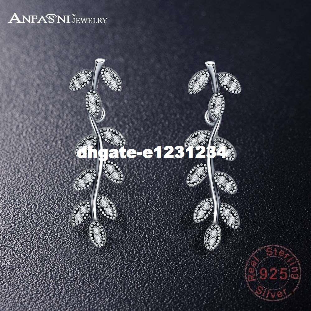 Design 7 925 Sterling Silver Leaf Stud Earrings