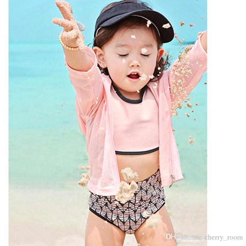 Мода Корейский Девушки Купальники Купальники Плавательные Наборы Весенние Комплекты Rash Гвардейцы Топы и короткие шорты с заплыками Caps SEN BATHING A6947