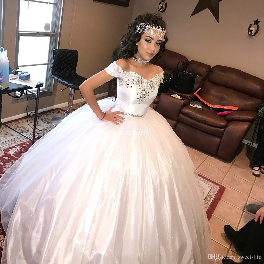 White Princess Girls Quinceanera Dresses Two Pieces Crystal Sweetheart Off Shoulder 2019 Custom Made Sweet 16 Debutantes Birthday Party Gown