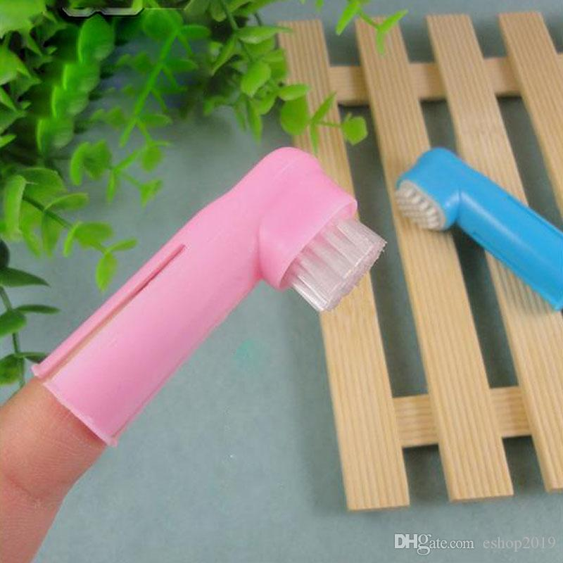 2017 new Dog Grooming convenient finger short toothbrush 2 designs small toothbrush pet dog toothbrush