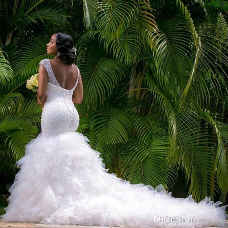 Afrika Stil Artı boyutu Deniz Kızı Gelinlik 2020 Pırıltılı Boncuklu Derin V Yaka Gelinlik Robe Siyah Kadınlar İçin evlilik Gelinlikler de