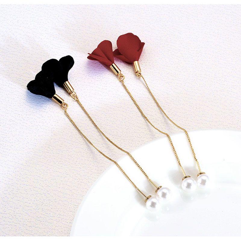 Korean version of the long paragraph flower earrings pearl elegant ear tassel cloth temperament simple earrings female