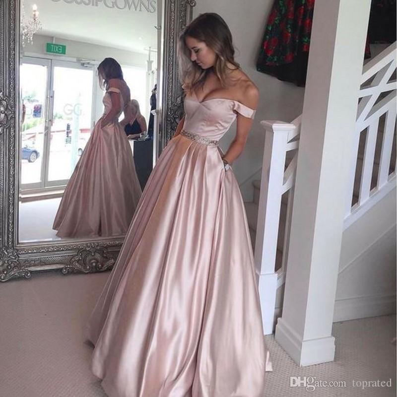 afd756d0649f Acquista Elegante Lungo Blush Prom Dresses Off Spalla A Line Floor  Lunghezza Satin Beaded Backless Cap Sleeve 2017 Abito Da Damigella D onore  Abiti Da Sera ...