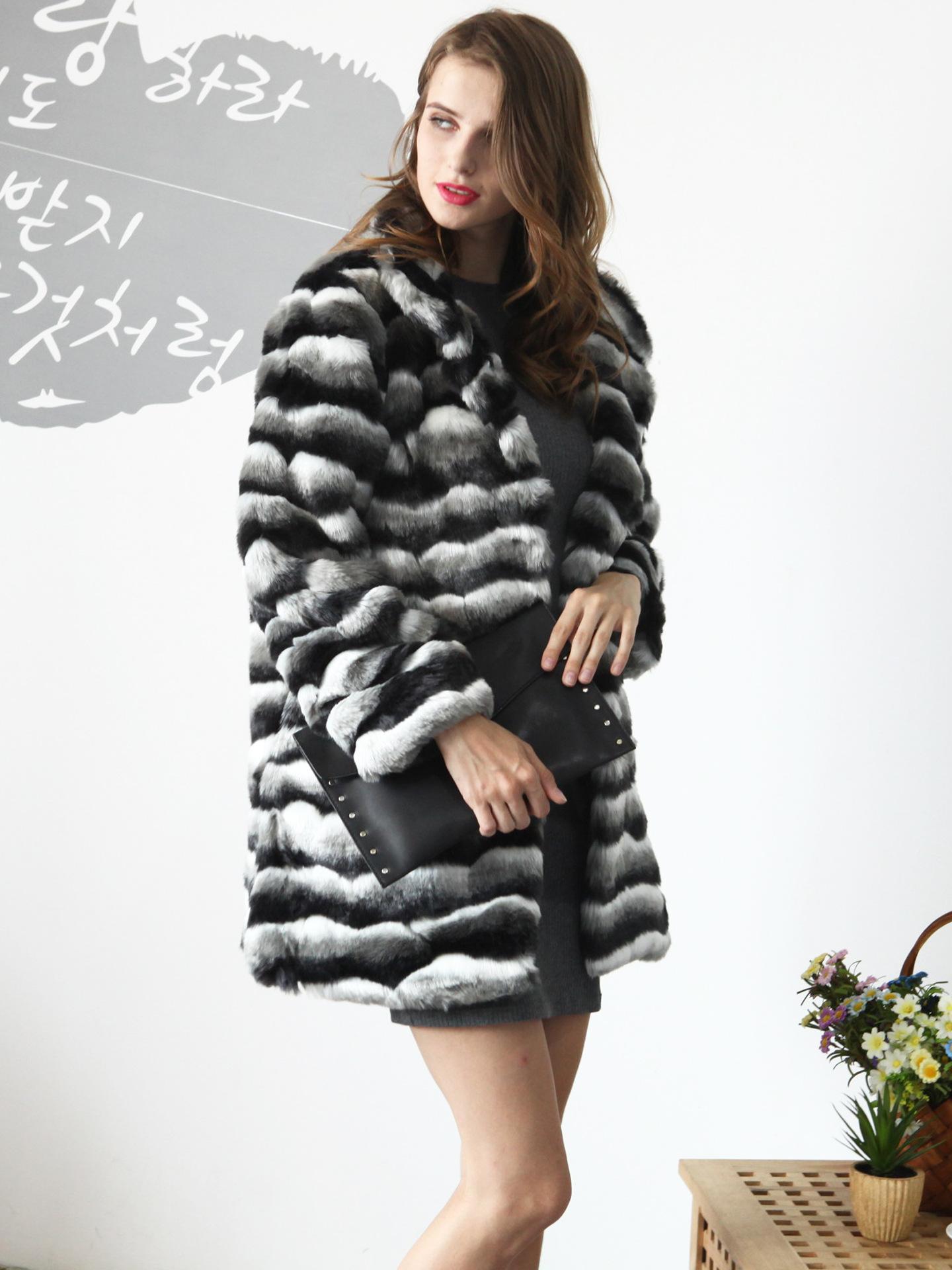86052c2ceaf8 Großhandel Womens Losen Faux Pelz Kurze Outwear Jacke Flauschigen Pelz  Weiche Feste Faux Pelz Jacke Mäntel Winter Weibliche Beiläufige Kurze Warme  Mantel ...