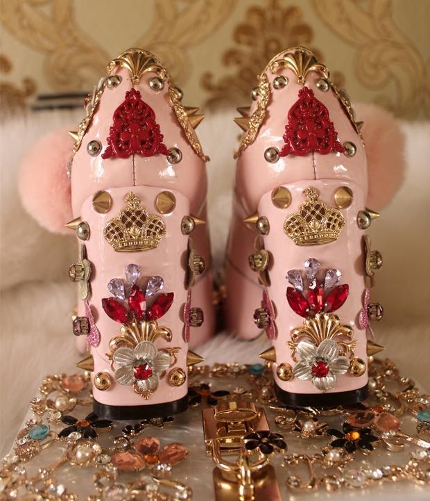 2017 ترف خمر النساء مضخات عالية الكعب أنيقة مساء حزب أحذية رسمية ووتش زهرة المسامير الماس الحلو الأميرة فستان الزفاف الأحذية
