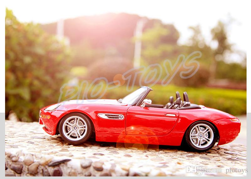 New Year Gift Z8 1/18 Metal Model Roadster Alloy Vehicle Collection Toys Car Decoration Homelloy Luxury Present Men Collection Die-cast Toys