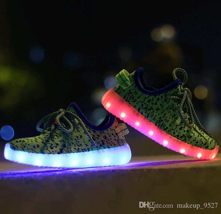 Nuevos Usb Led Unisex Colorida Niños 2017 Fluorescente Zapato Deportes Para Partido Con Casuales Luz Intermitente Zapatos Carga OukiTPZX