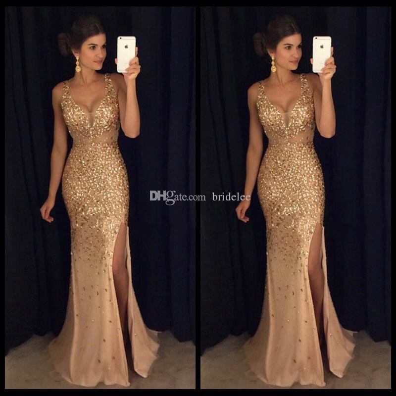 Vestidos de fiesta dorados de sirena magnífica 2020 con cristales Correas de espagueti con cuello en V sexy Vestidos de fiesta largos de noche con abertura frontal