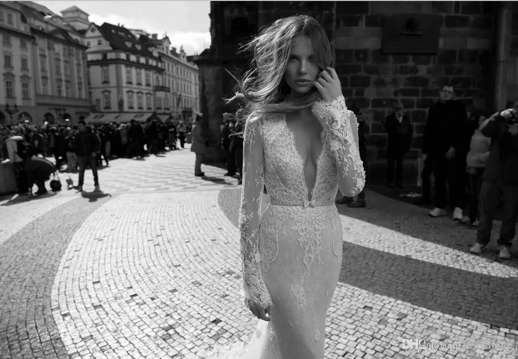 2017 Berta Long Sleeves Lace Mermaid Wedding Dresses Sexy Spring Plunging V Neck Bridal Gowns Keyhole Back Court Train Vestidos De Noiva